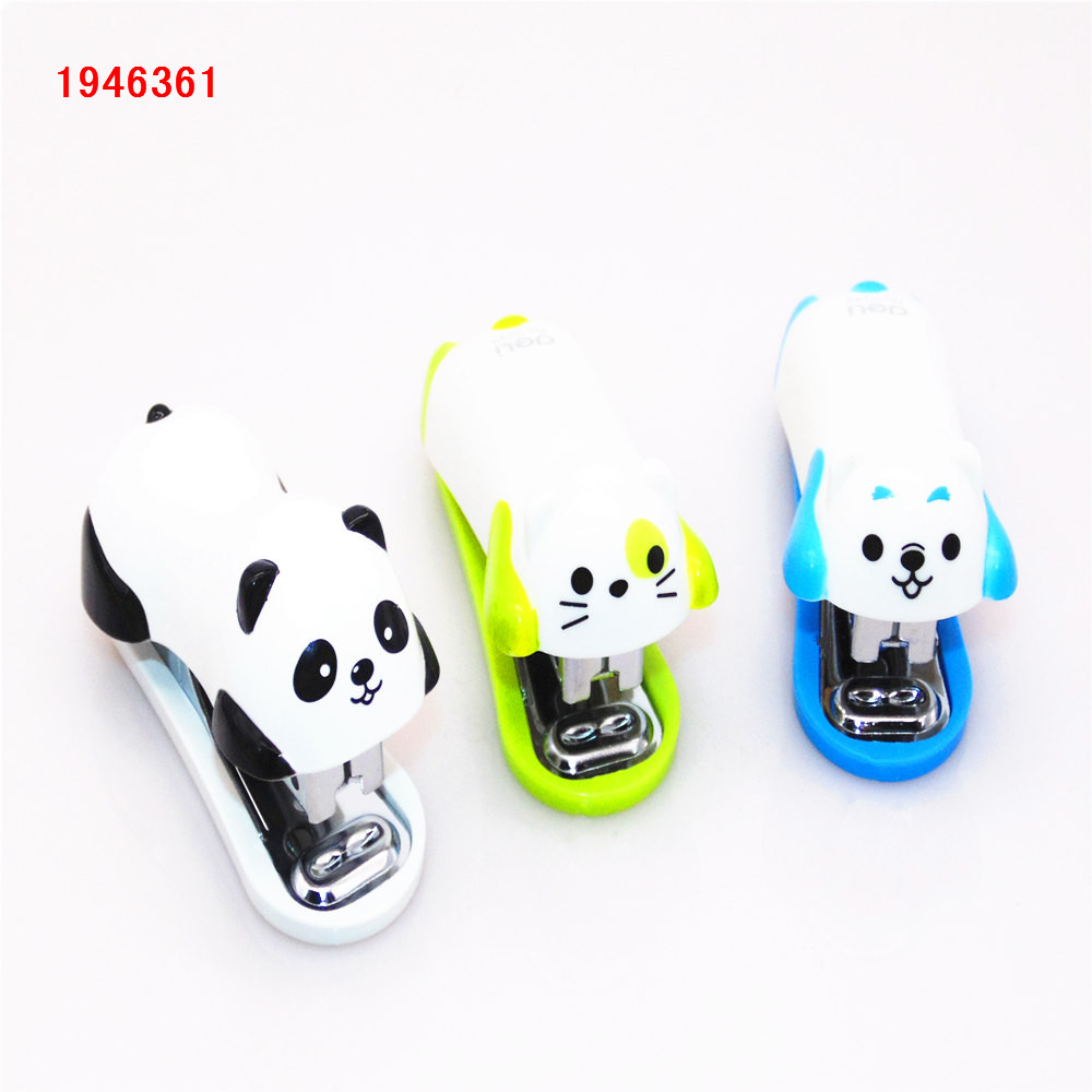 3 colors Mini stapler set animal Stapler Set School Office Supplies Stationery Paper Binding Binder Book