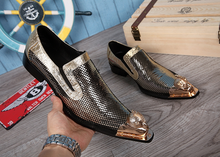 New Fashion Men Dress Wedding Shoes Breathable Flats Slip on T Show Single Shoes Genuine leather Metal pointed toe Man ShoesNew Fashion Men Dress Wedding Shoes Breathable Flats Slip on T Show Single Shoes Genuine leather Metal pointed toe Man Shoes