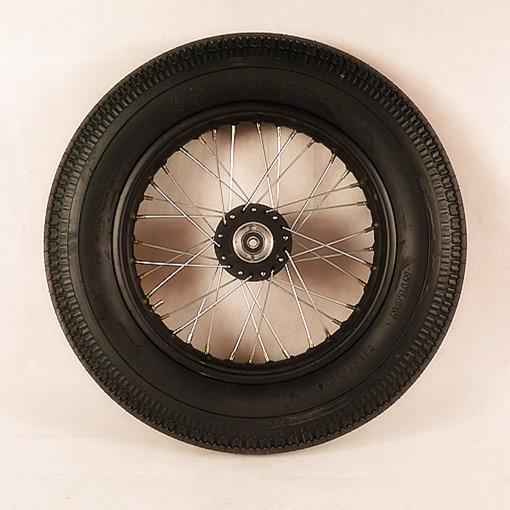 pneu moto cafe racer id e d 39 image de moto. Black Bedroom Furniture Sets. Home Design Ideas