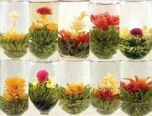 ¡ Promoción! Random 18 unids de té floreciente, hecho a mano chino comprimido bolas de té de flores, 2017 nuevo té del arte, salud té de hierbas