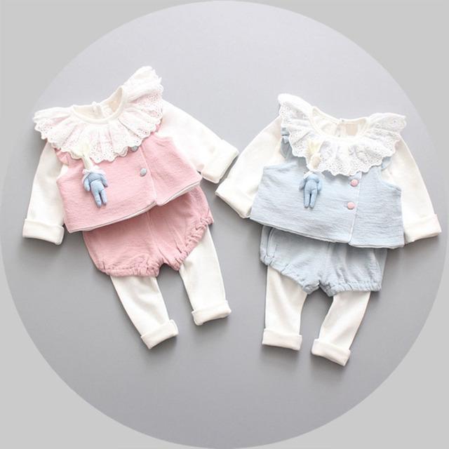 Primavera 2017 nuevo cordón Coreano o-cuello de la ropa de los bebés lindo ropa de algodón traje de niño traje de moda infantil de dibujos animados 3 unids paño