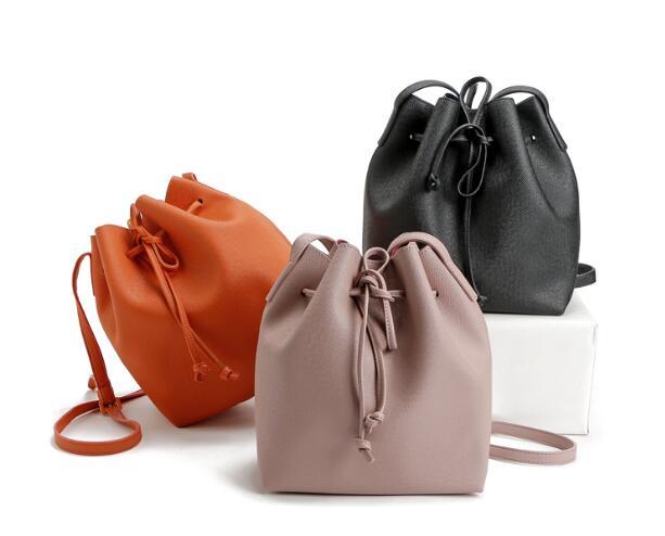 bolsa do homensageiro bolsa das 3 : Bucket Bag