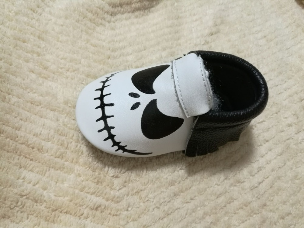 New-Stylish-Genuine-Leather-Baby-Moccasins-Shoes-Halloween-presents-for-bebe-Baby-Shoes-Newborn-first-walker (3)