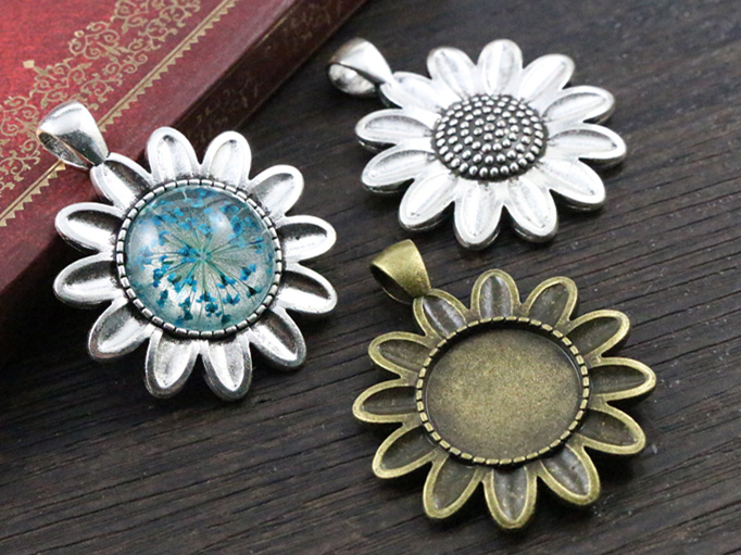 5pcs 18mm Inner Size Antique Bronze And Silver Sun Flower Connection Style Cabochon Base Cameo Setting Charms Pendant