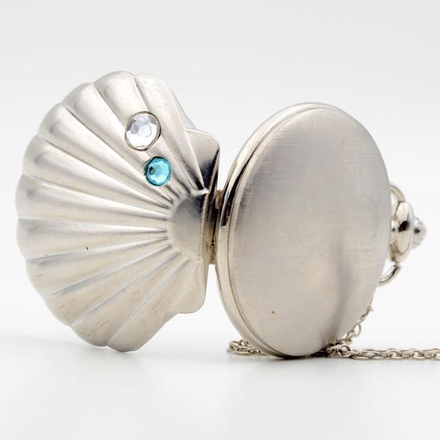 Fashion Cameo Shell Shape Bronze Mussel Oyster Shell Crystal Quartz Pocket Watch