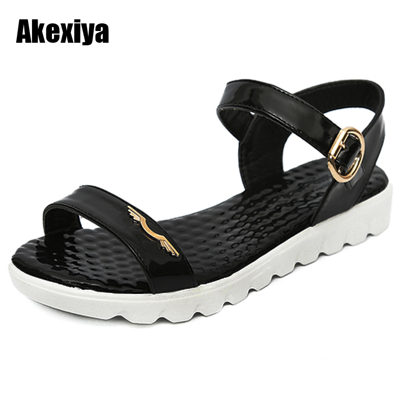 2018 Summer Gladiator Sandals Women Patent Leather Flat Fashion Women Shoes Casual Occasions Comfortable The Female Sandals M611 women sandals 2017 summer shoes woman wedges fashion gladiator platform female slides ladies casual shoes flat comfortable