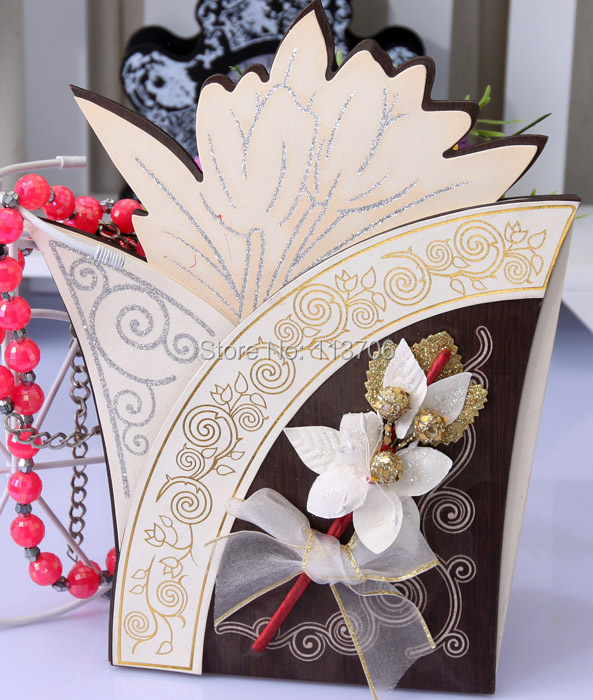Unique Design Latest Luxury Wooden Wedding Card Invitationin Cards