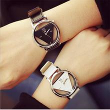 2016 Fashion Women Dress Hollow Watches Vintage Leather Retro Antique Quartz Wristwatches Female Clock Montre Femme Reloj Mujer