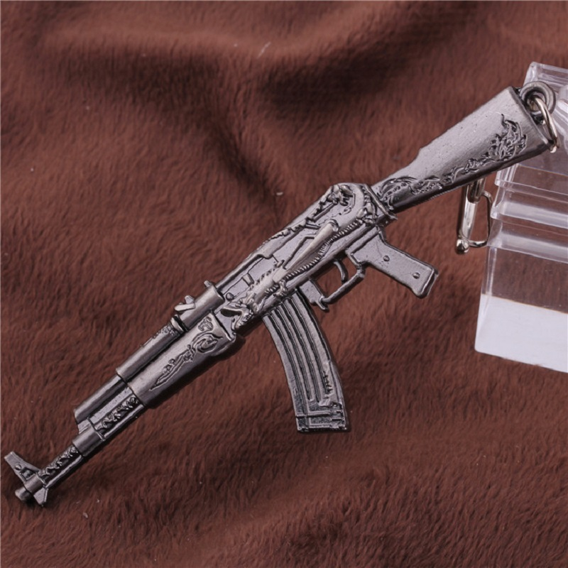 12cm Model Gun AK 47 Keychain Pendant Metal Toy Gun Toys Alloy AK47Weapon Collection Gift For Children