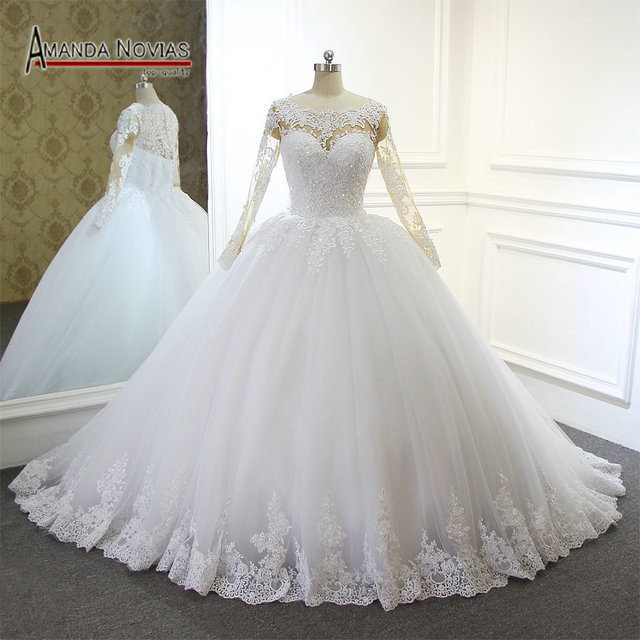 2018 최신 레이스 볼 가운 웨딩 드레스 누드 컬러 스킨 레이스 슬리브 백리스 브라 가운