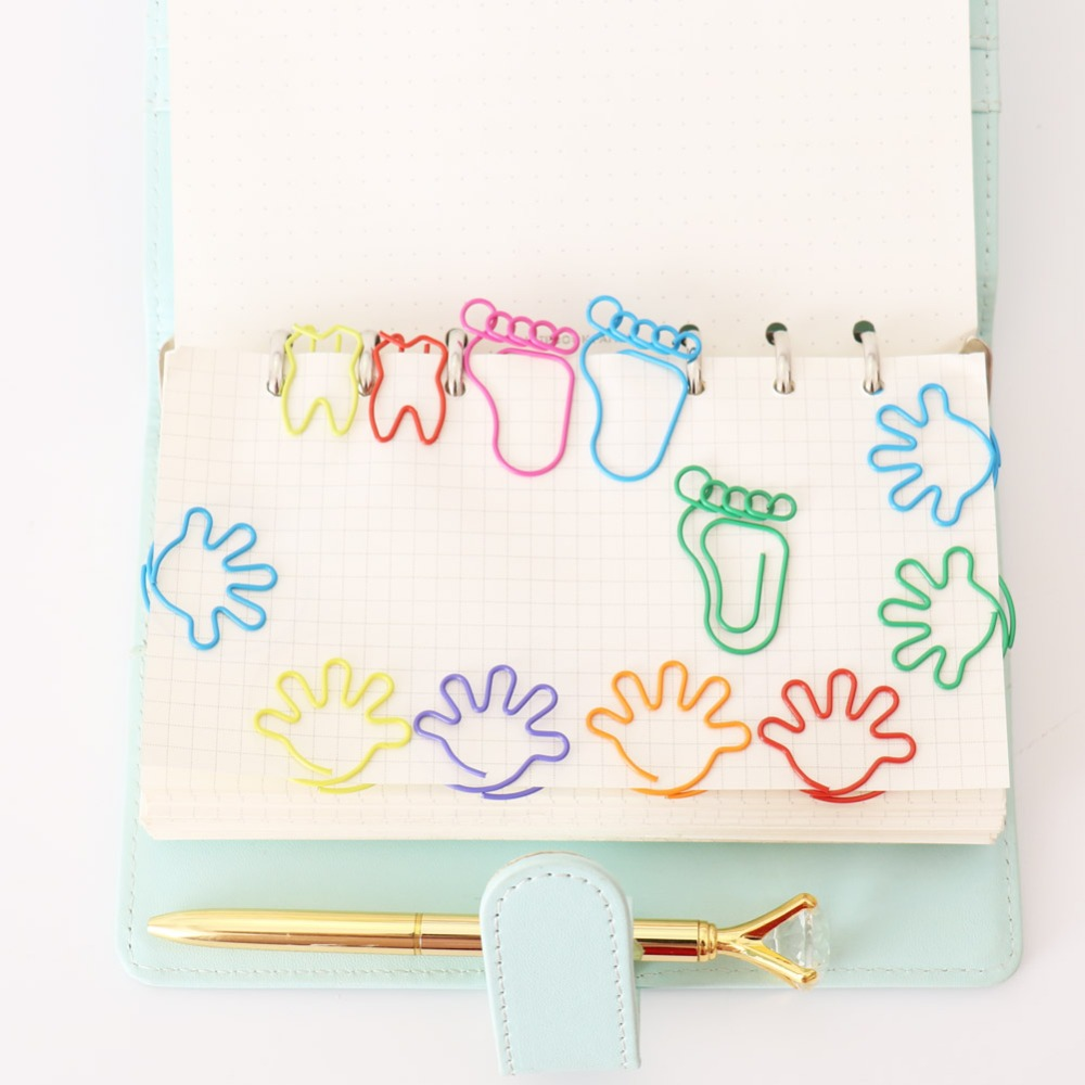 12 PCS/set Foot Hand Teeth Shape Paper Clips Creative Bookmark Clip Memo Clip Shaped Paper Clips For Office School Home H0273