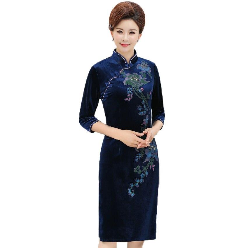 WAEOLSA Chinese Women Slim Fit Velvet Dress Red Navy Blue Flower Cheongsam Robe Femme Side Slit Velutum Dresses Lady Qipao