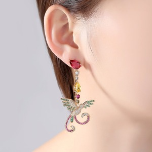 Image 3 - LUOTEEMI delicato splendido sontuoso multicolore a forma di fenice orecchini pendenti lunghi regalo per ragazza amica moglie mamma festa di anniversario