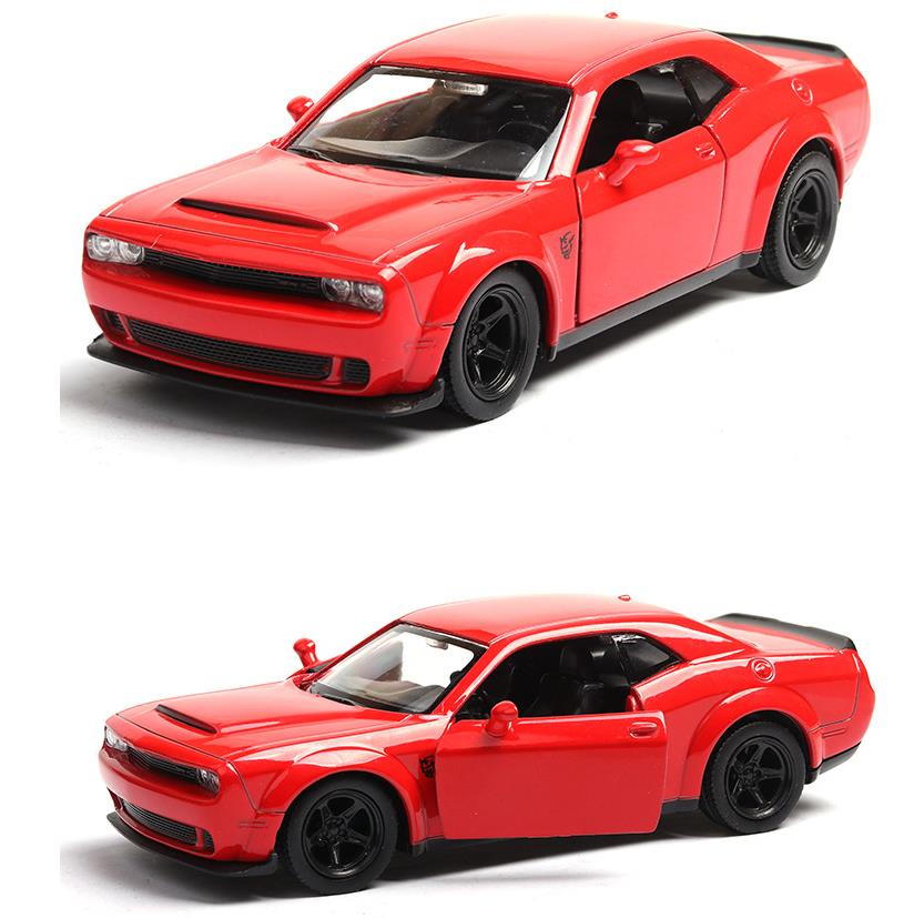 High Simulation Dodge Challenger,1:36 Scale Alloy Pull Back Challenger,collection Toy Cars Model,free Shipping
