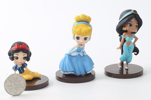 Image 3 - 8 Stks/partij Q Posket Prinsessen Figuur Speelgoed Poppen Sneeuwwitje Belle Mermaid Pvc Figuren Speelgoed