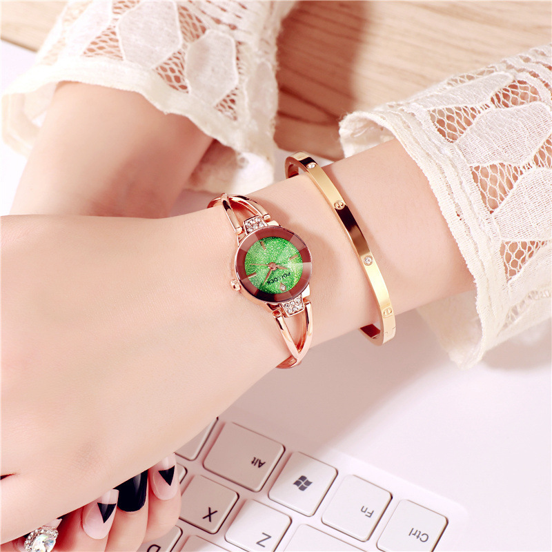 Butterfly Retro Bracelet Watch Women Lovely Wedding Quartz Wrist Watches 6 Colors Rhinestone Delicate Female Starry Sky Watches