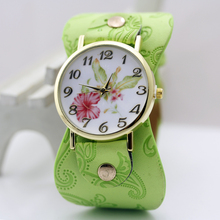 shsby New Arrival Printed leather-based Bracelet Wristwatch Large band Costume Watch with flowers Trend Girls Informal Watch woman's present