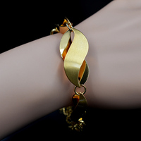Sunny Jewelry Fashion Jewelry 2017 Cuff Bracelets Chains For Women Gold Plated Easy Hook Copper Twisted