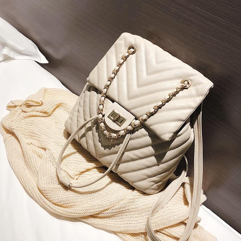 European Fashion Women Backpack 2018 New High Quality Soft Leather Women Backpack Chain Shoulder Bag Travel Rucksack School Bags