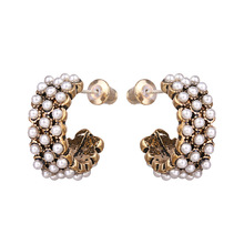 Hot Sale Korean Elegant Imitation Pearls Stud Earrings Exquisite Luxury S925 Silver Pin Earring for Women Wedding Party Jewelry