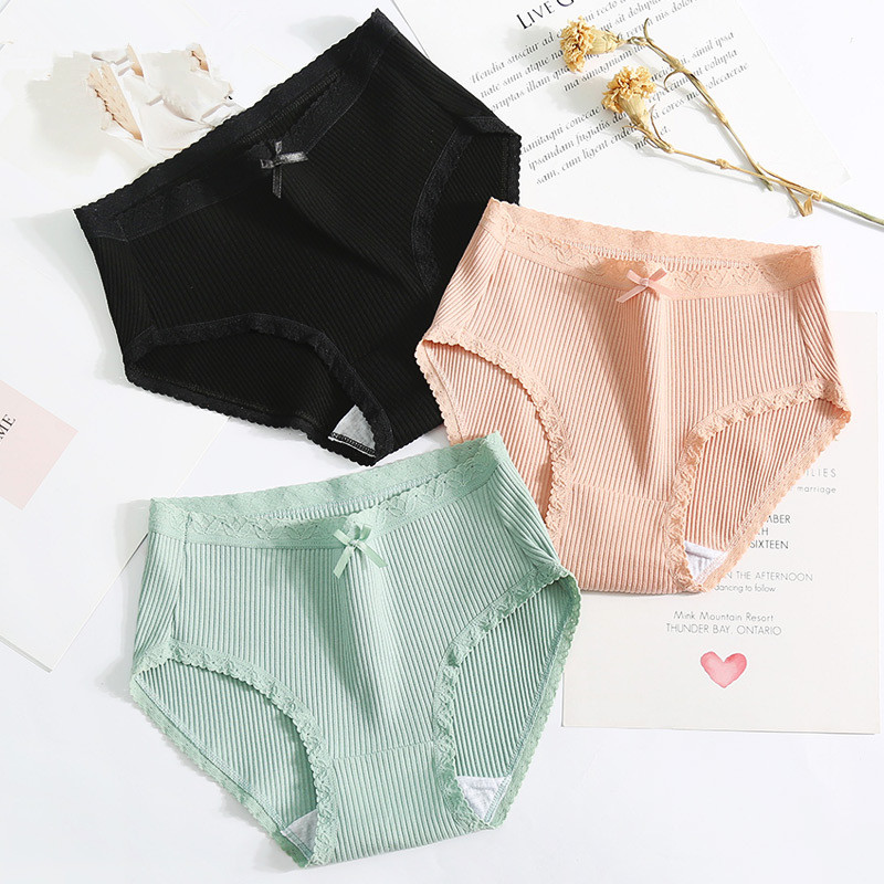 Sexy Lace   Panties   Women Fashion Cozy Lingerie Tempting Pretty Briefs High Quality Cotton Middle Waist Cute Women Underwear