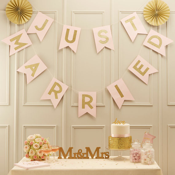 Chicinlife 1set Just Married Paper Bunting Banner Wedding Banner Wedding Engagement Decoration Just Marries Sign Photo Props