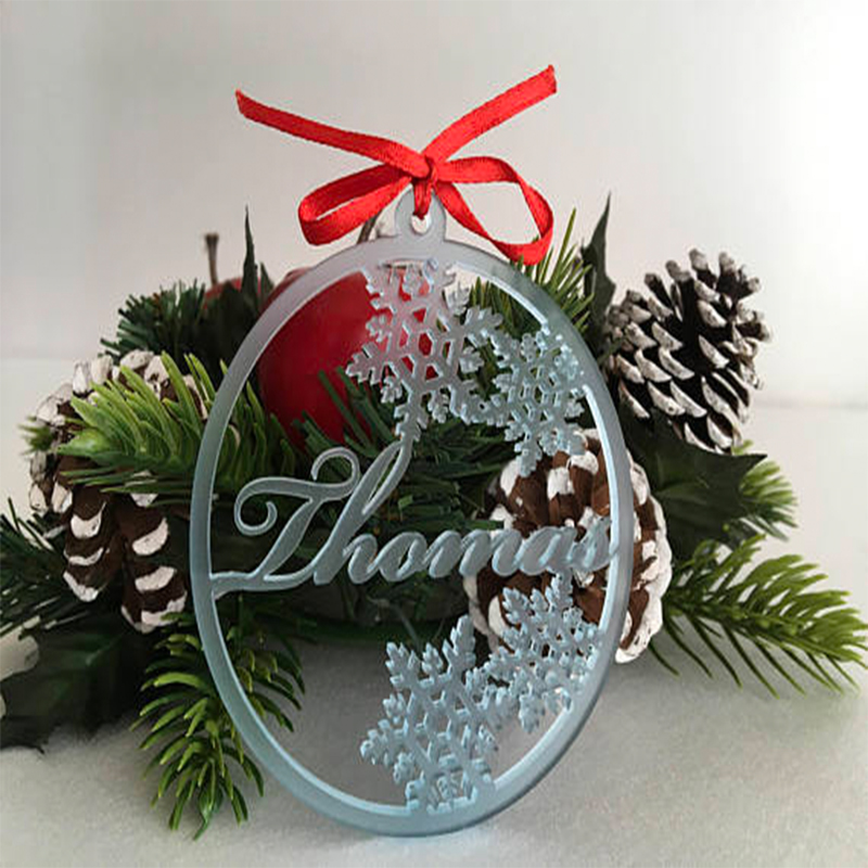 Christmas Tree Decorations Names.Us 5 39 10 Off Personalized Christmas Name Tags Gift For Kids Customized Xmas Bauble Name Tree Decorations Snowflake Ornament Party Supply In Party