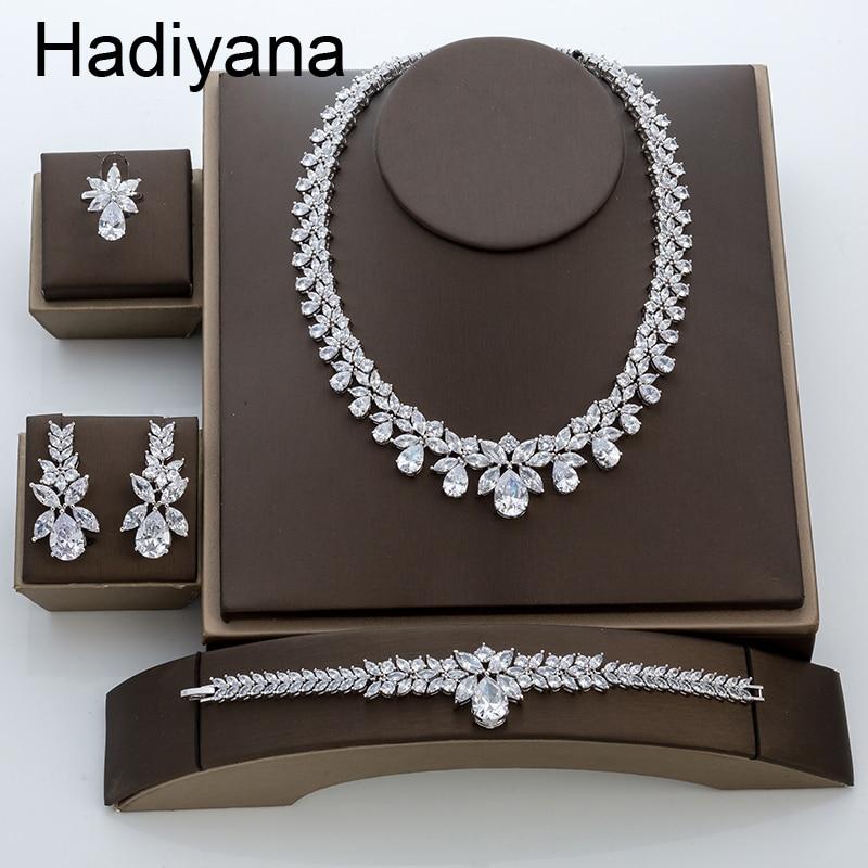 Hadiyana nuevo juego de joyería de boda de compromiso de lujo brillante de gota de agua para mujer collar pendiente pulsera conjunto de anillos TZ8087-in Conjuntos de joyería from Joyería y accesorios    1