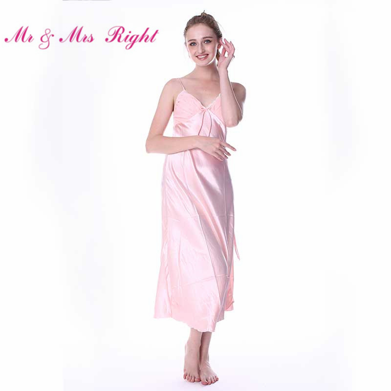 Mr&Mrs Right Robes For Women Nightgown Sleepwear Satin Silk Lingerie BathrobeSexy Pajamas Bride Bridesmaid Robe On Wedding Party