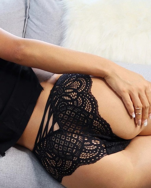 Buy High Quality Underwear Women Sexy Hollow Elastic Thongs G Strings Lace Bandage Lace Panties Transparent Briefs Underwear