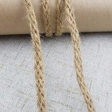 Barato 10 m/lote Natural arpillera Hessian Cable de hilo de yute cuerda de cáñamo decoración vintage rústica para boda suministros de embalaje de alta calidad