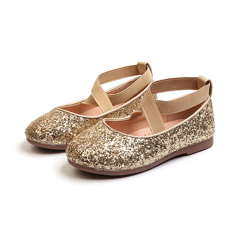 JGSHOWKITO 2018 Autumn New Fashion Girls Shoes Shiny Glitter Leather Flats  For Big Kids Princess Sweet Wedding Shoes Sequins-in Sneakers from Mother    Kids ... 74e9e5eb680f