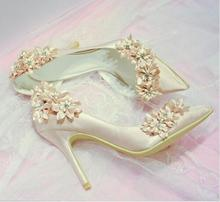 elegant bridal champagne flower high heel wedding shoes Side empty pointed toe flower high heel wedding bridal shoes real photos promotion white high heel lace flower bridal wedding shoes flower lady peep toe shoes for wedding graduation party prom shoes