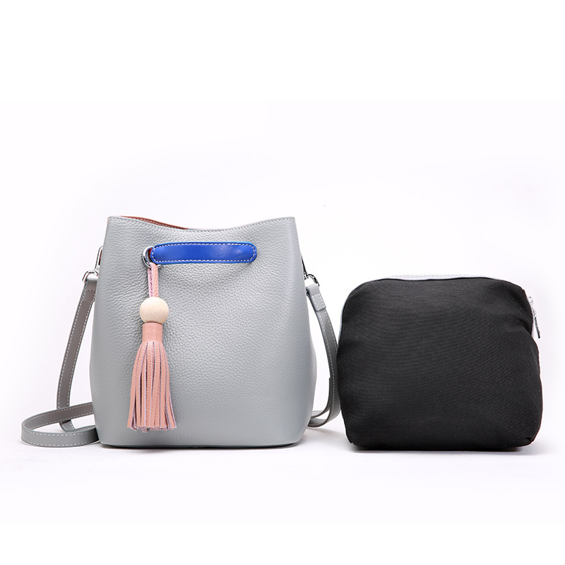 Genuine Leather Tassels Bucket Bag Women's Crossbody Bags Shoulder Bag 100% First layer of Cow Leather Girls Bag All-match