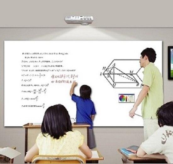 Tableau blanc interactif de contact de doigt de tableau blanc intelligent de bureau de haute qualité pour la conférence ou le cinéma à la maison