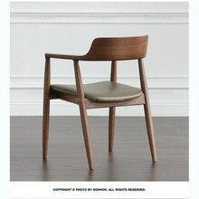 Обеденный стул из твердой древесины, Ресторан отеля, простой Северный стул, подлокотник, светильник, Роскошный дизайнерский стул