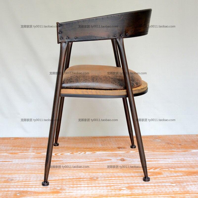 Loft Pays Damrique Pour Faire Le Vieux Style Industriel Vintage Bois Avec Des Chaises En Fer Forg Accoudoirs Chaise De Bureau Coussin Dans