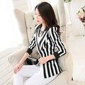 Muito Boa Qualidade Mulheres striped Jacket 2016 Primavera Breve Listra Preto E Branco Blazer Outerwear Plus Size 3XL Frete Grátis