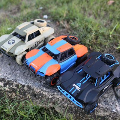 1:18 Short Truck 4WD Drift Remote Control Car Radio Controlled Suspension High Speed Micro Racing Cars Model RC Car Toys