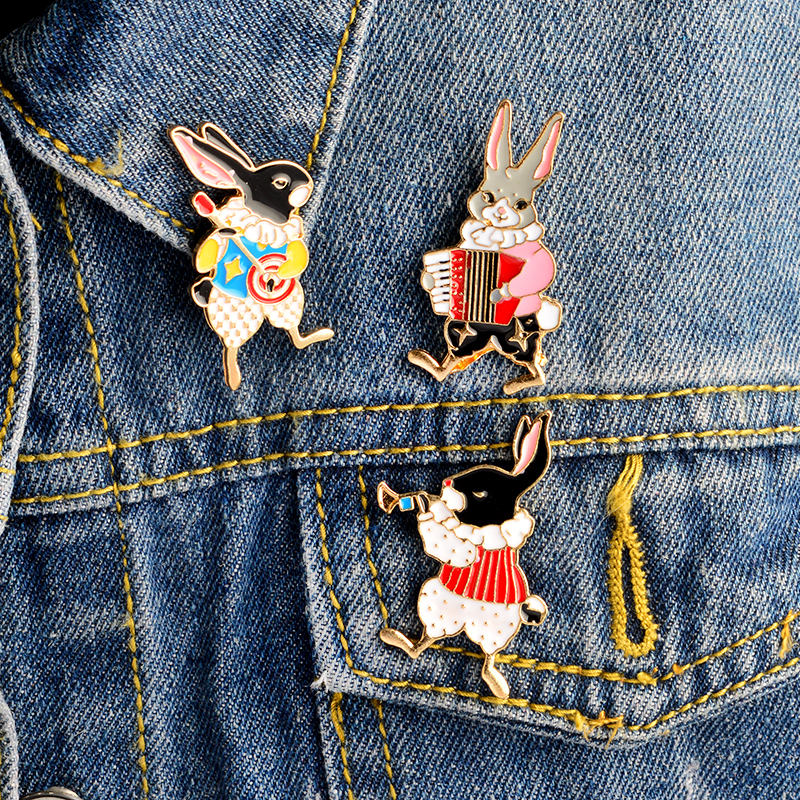 3pcs/set Cute Instruments Rabbit Trumpet Banjo Accordion Brooch Denim Jacket Pin Buckle Shirt Badge Cartoon Jewelry Gift Girls