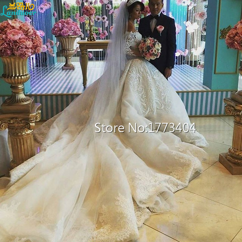 2017 Gorgeous Off The Shoulder Ball Gown Wedding Dresses Long Sleeves Cathedral Train Lace Lique Beads Satin Bridal Gowns In From
