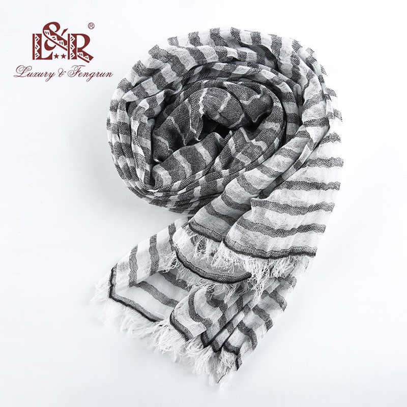 2018 Cotton Foulard Femme scarf Scarves Women Striped Tassel Womens Linen Shawl Crinkle Bubble Chiffon Scarf HIjab Bandana Women