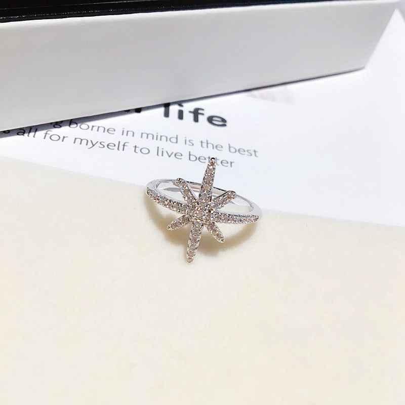 Haute qualité CZ cristal étoile anneau couleur or blanc Micro pavé cubique Zircon anneau pour les femmes