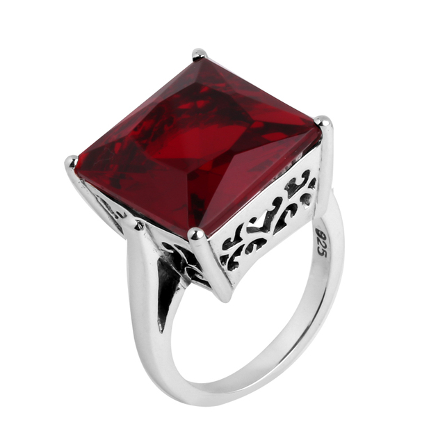 Wholesale Classic Style Pigeon Blood Created Ruby Jewelry Fashion Charms Solid 925 Sterling Silver Engagement Rings for Women
