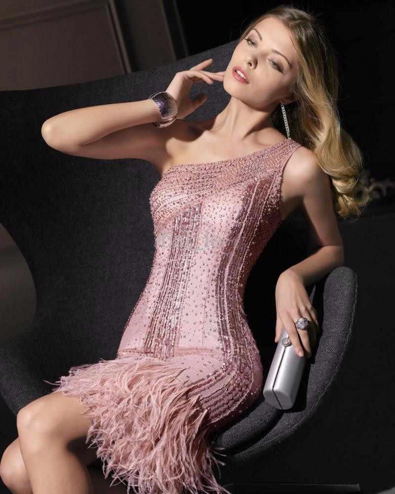 2016 высокое качество коктейльное платье на одно плечо с полным ПРИШИТАЯ вручную будуарное платье de коктейльное короткое платье; обувь с украшением в виде кристаллов перо платья