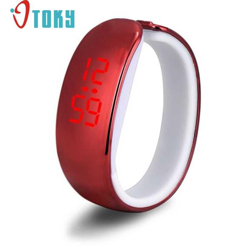 Creative אופנה נשים גבירותיי ספורט LED ציפוי עמיד למים צמיד דיגיטלי יד שעונים שעון