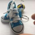 1 пар правая и левая нога спортивная обувь брелок мини-3d обувают брелок парусиновые туфли брелок теннисные туфли патроны 10 цветов Kc097