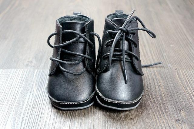 Microfibra de bebé de cuero con invierno nieve piel botas cálidas zapatos hechos a mano dura muchachos del niño calza botas zapatos alta calidad