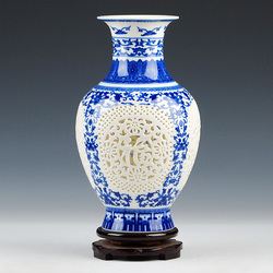 Antique Chinese-style Palace Restoring Ancient Ways Jingdezhen Hollow White Ceramic Vase For Artificial Flower Decoration Vases