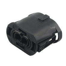 цена на 2-pin waterproof car connector connector with terminal plug DJ7027Y-2.8-21/1-1355668-2 2P